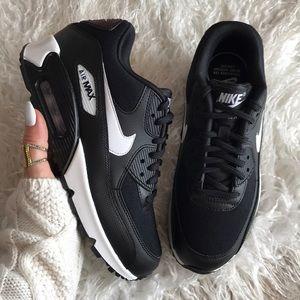 Nike Shoes - NWT Nike Air Max 90 Black